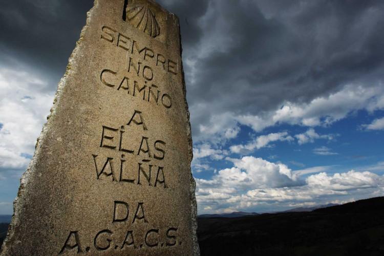 La flecha amarilla del Camino de Santiago