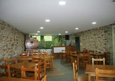 Habitación, albergue Boente en el Camino de Santiago_Camino Francés_00004